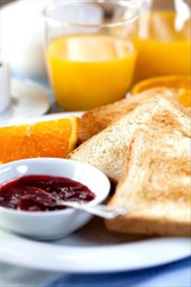how to make freezer jam with liquid pectin